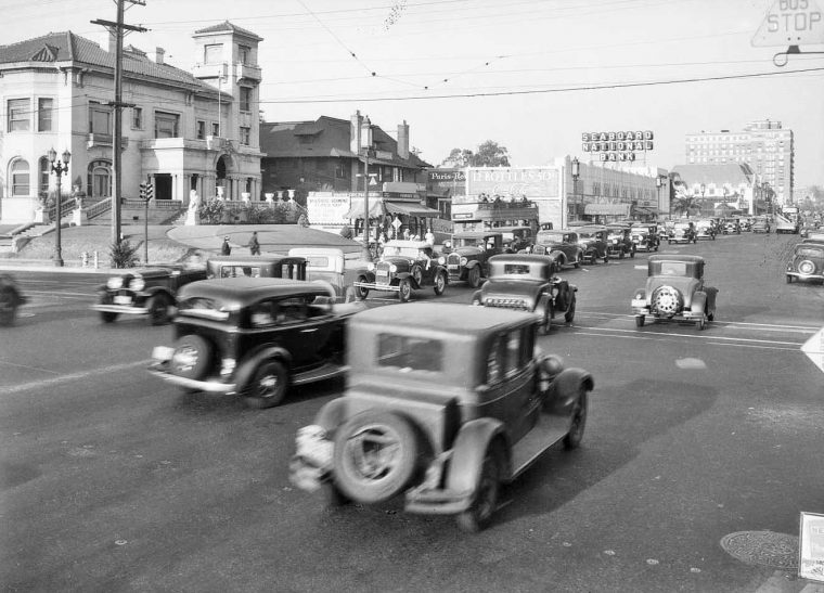 Traffic at Wilshire and Vermont 1934
