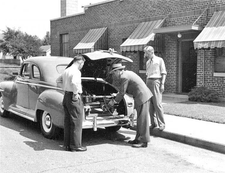 1940s Plymouth South Bend Lathe Salesman's Car