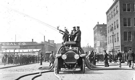 Boston Fire Department American LaFrance 1921