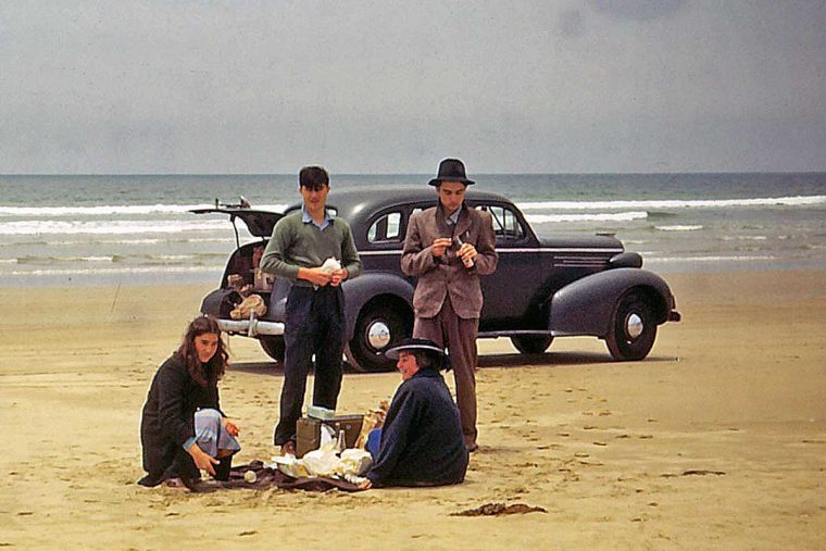 Mystery Late-1930s GM Sedan