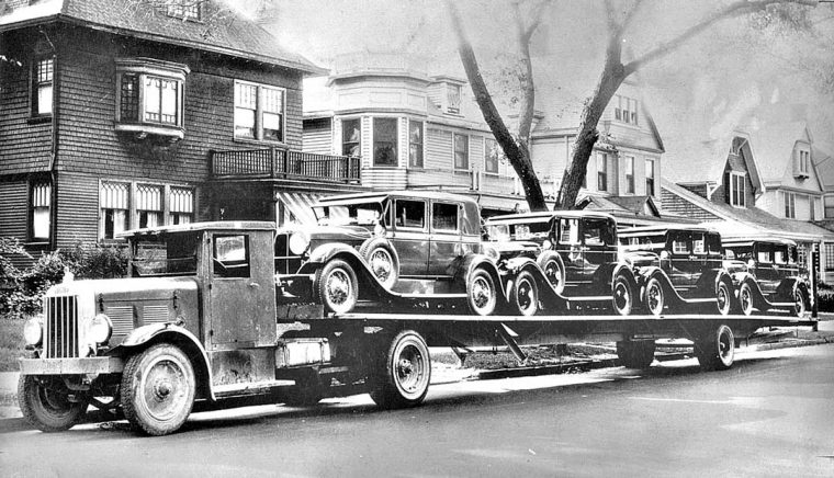 1929 Auburn Sedan's Being Delivered