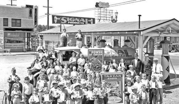 Signal Gasoline 1930 Tarzan Radio Los Angeles I
