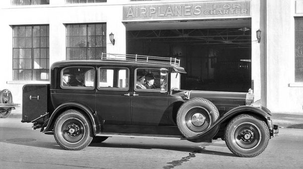 Tanner Motor Tours 1929 Packard Limo