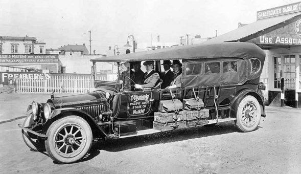 1915-1918-packard-15-passenger-auto-stage