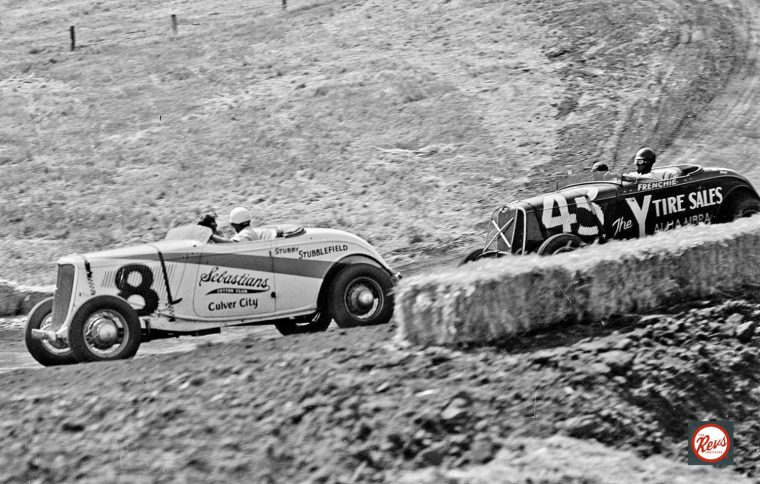 1934-and-1933-fords-in-1934-legion-ascot-targo-florio-race
