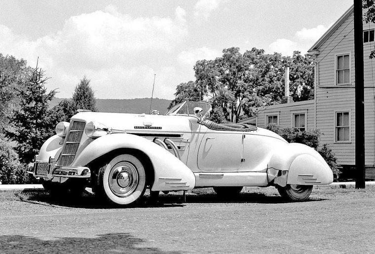 1936-auburn-852-speedster-ii