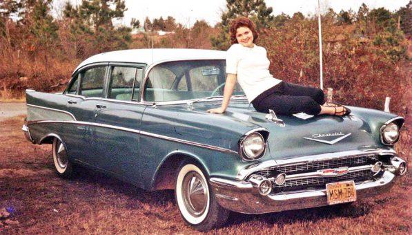 1957-chevrolet-four-door-sedan