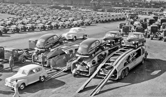 1946-ford-cars-and-trucks-ready-for-shipment-2