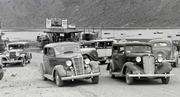 car-in-cashmans-boat-landing-parking-lot-1935