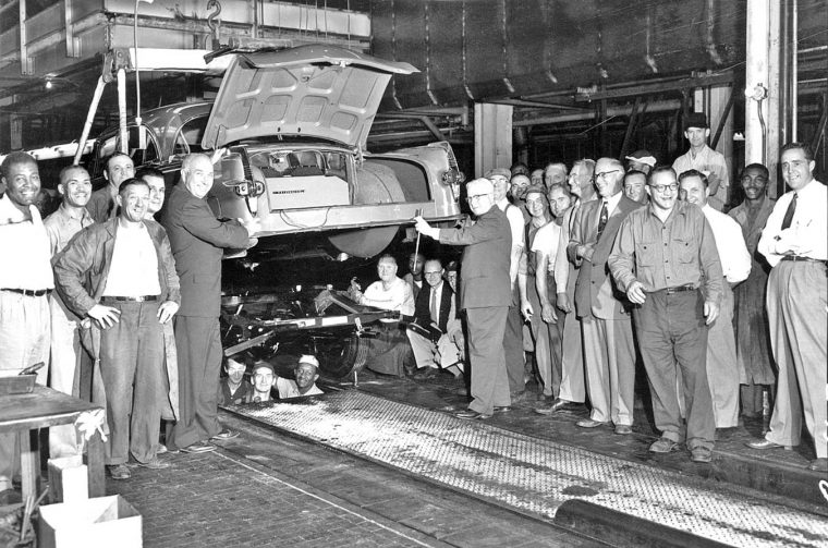 the-last-packard-on-the-assembly-line-at-east-grand-blvd