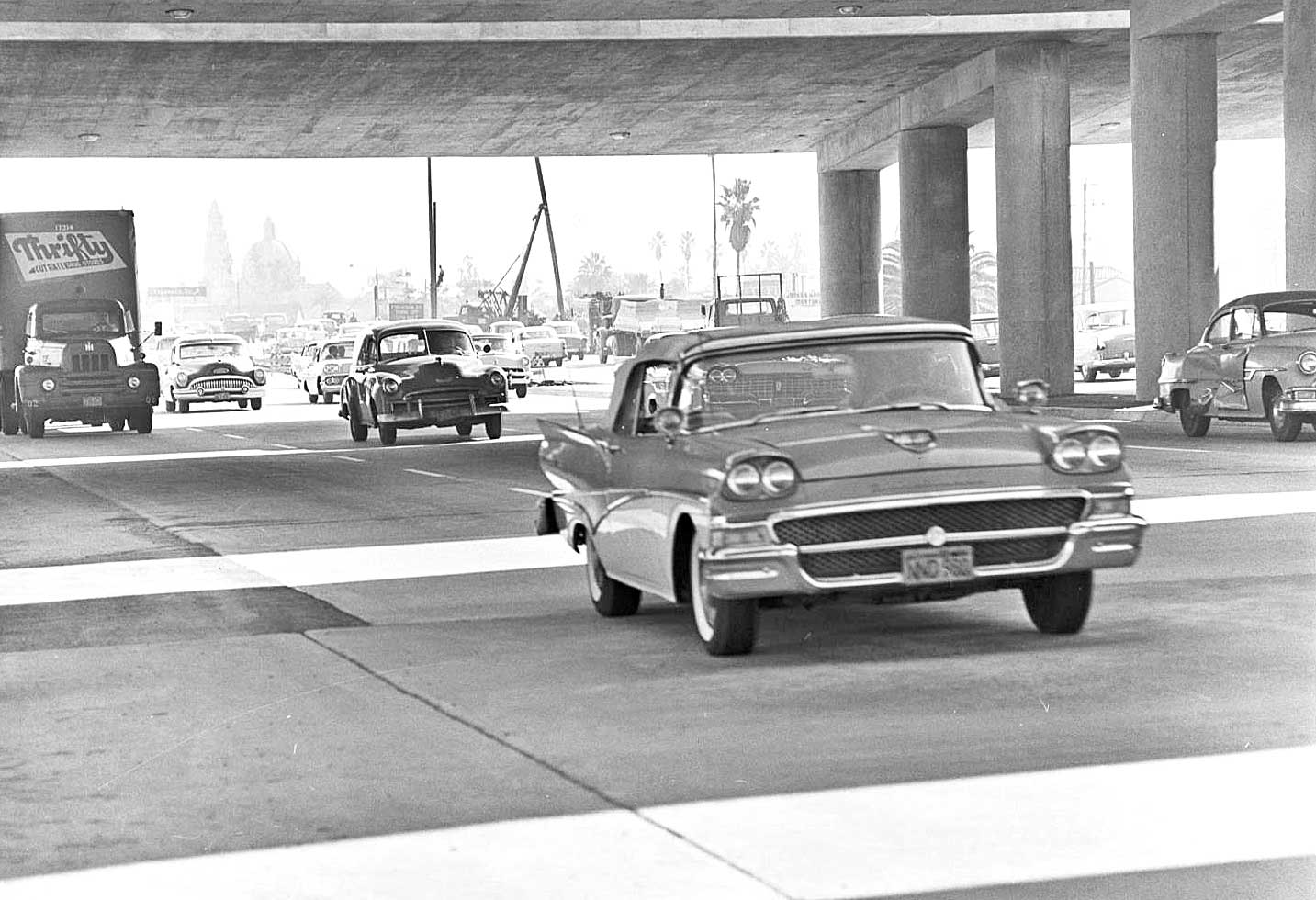 Moments In Time Captured On A Los Angeles Freeway In 1959