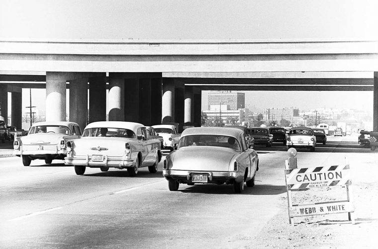 los-angeles-freeway-traffic-1959-5