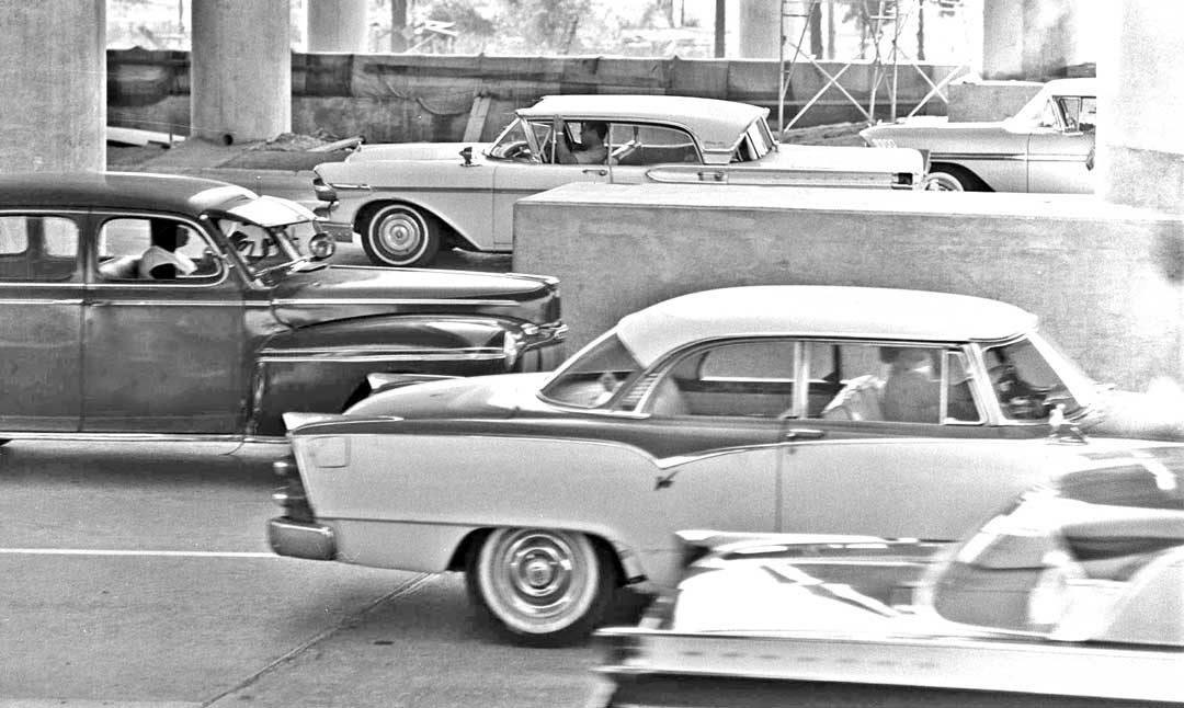 Moments in Time Captured on a Los Angeles Freeway in 1959 | The Old ...