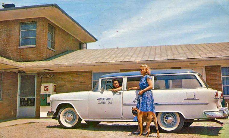 mid-1950s-chevrolet-station-wagon