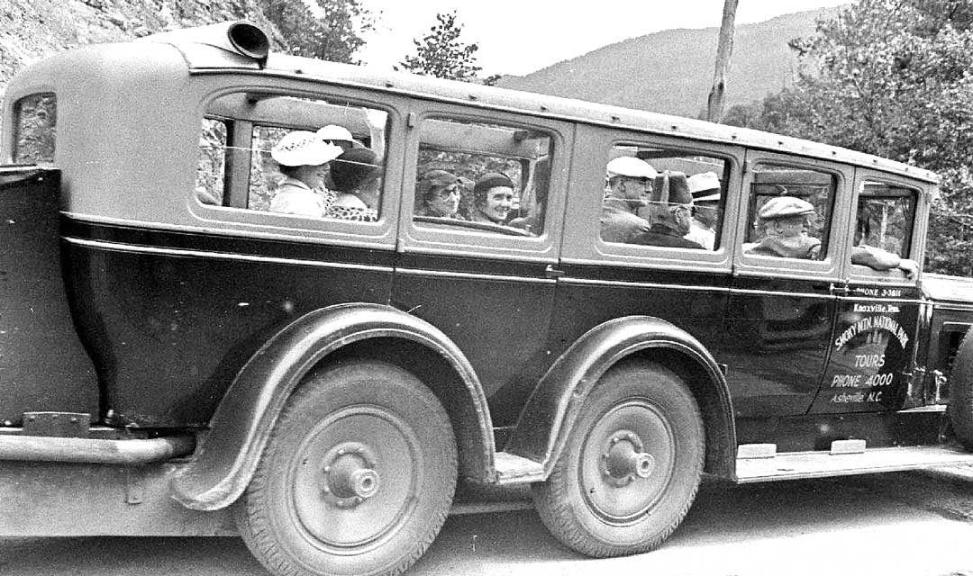 Exceptional Images of a Three-Axle-Six-Wheel Packard Tour