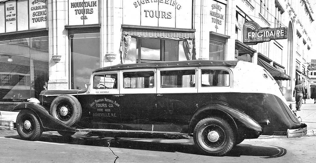 1933-packard-big-eight-tour-car