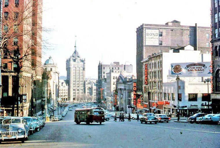 downtown-albany-ny-street-sceen-1960