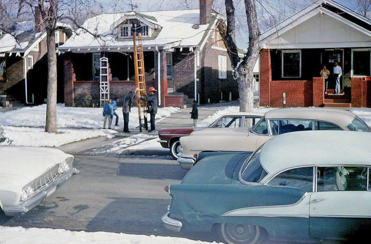early-1960s-street-scene-fifties-and-sixties-old-cars