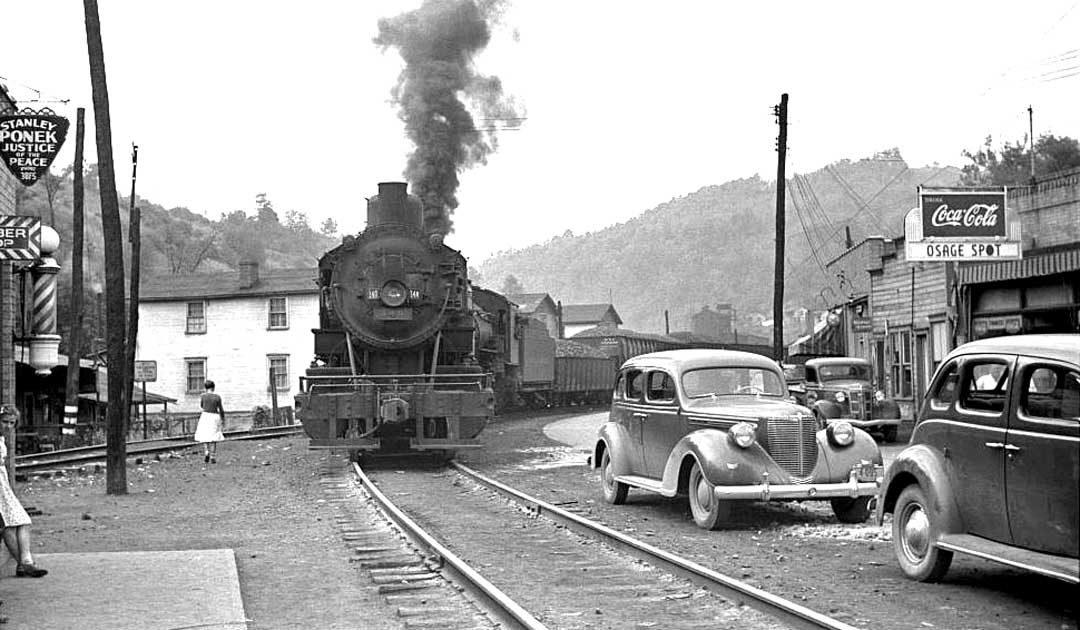 osage-west-virginia-steam-coal-train-1940
