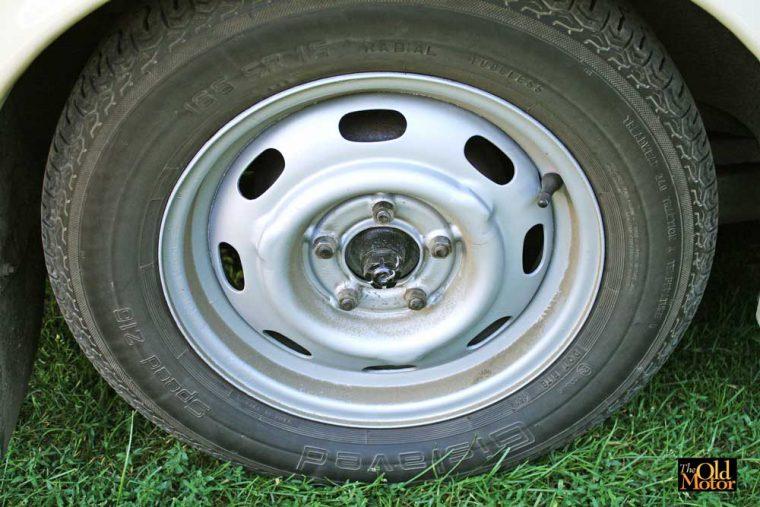 165-sr-15-radial-tires-michelin-gislaved-tires-on-volvo-122s