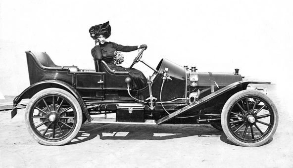 1910-mercer-touring-car