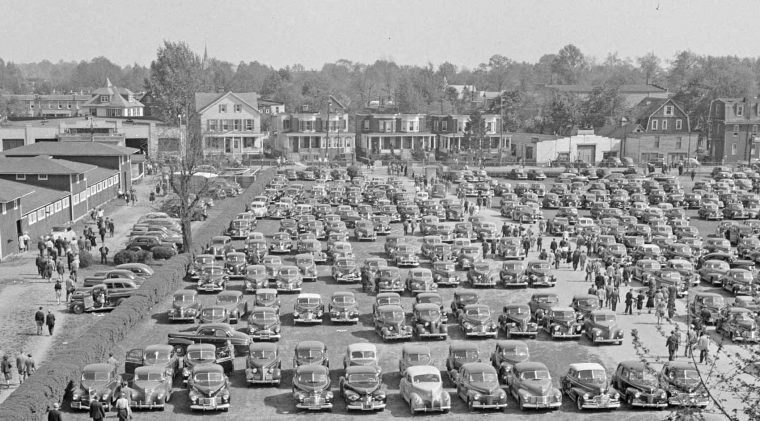 1930s and 1940s vintage automobiles