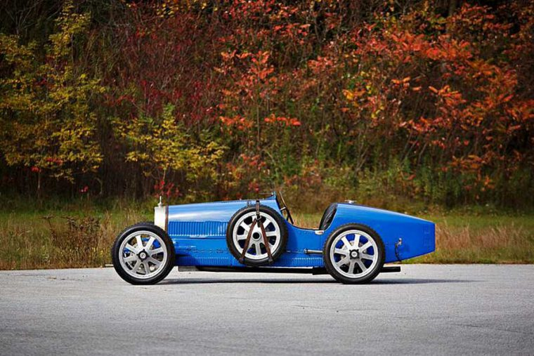 Bugatti Type 35 bird racing car 6