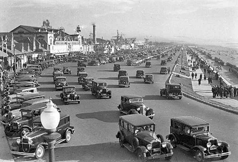 circa-1934-san-francisco-great-highway-1930s-vintage-cars