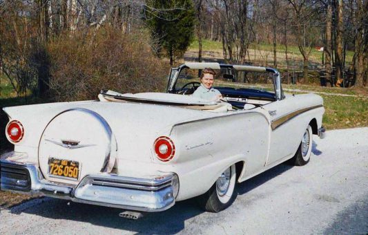 Mid-1950s Ford convertible