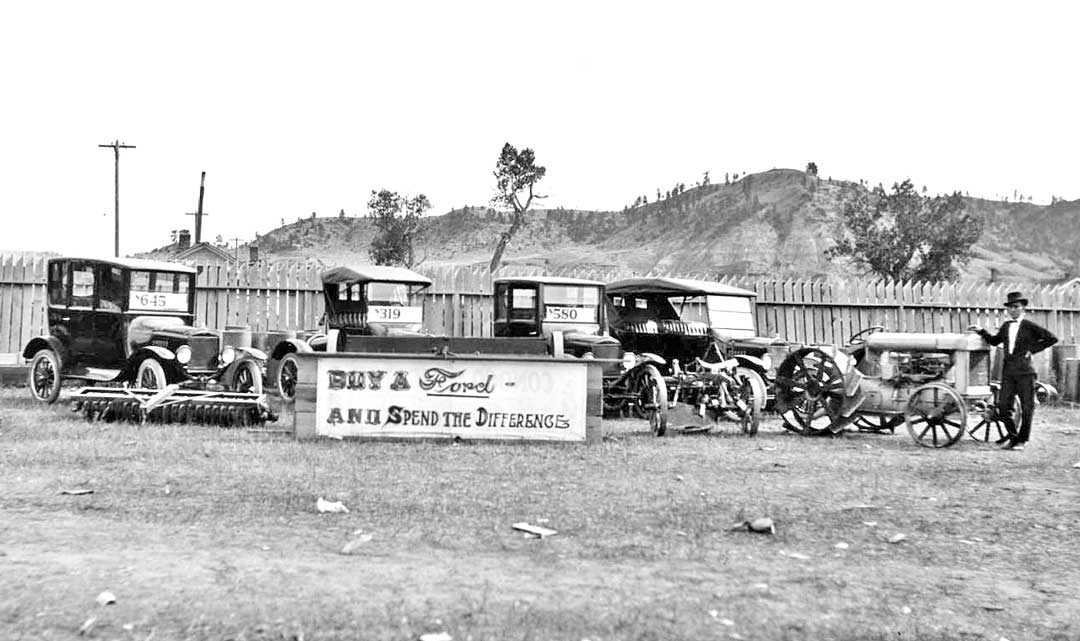 model-t-fords-and-ford-tractors-at-a-country-fair-1920s-1