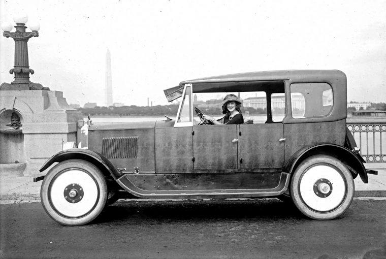 1920 Birmingham with four-wheel independant suspension 1