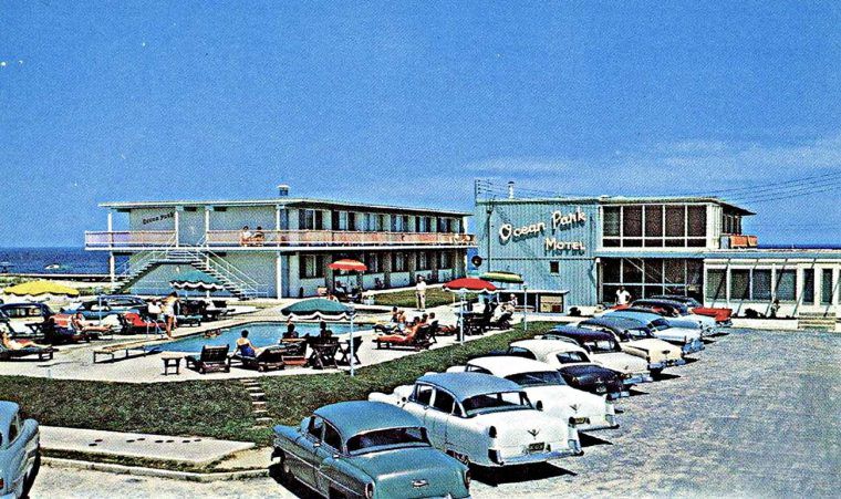 1950s Cars at Ocean Park Motel