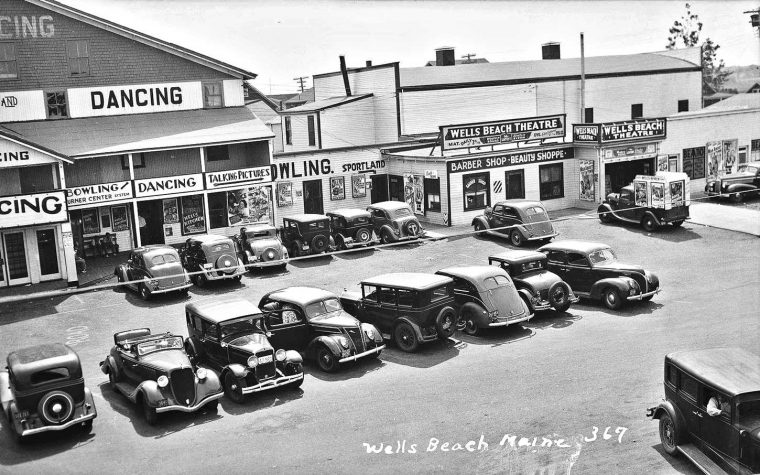 Dancing-Talking Pictures-Theater 1930s Cars and Trucks