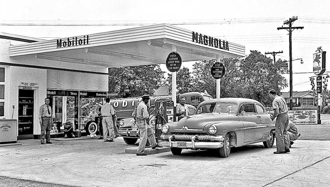 Vintage Gas Grand Opening At A Mobilgas Magnolia Station