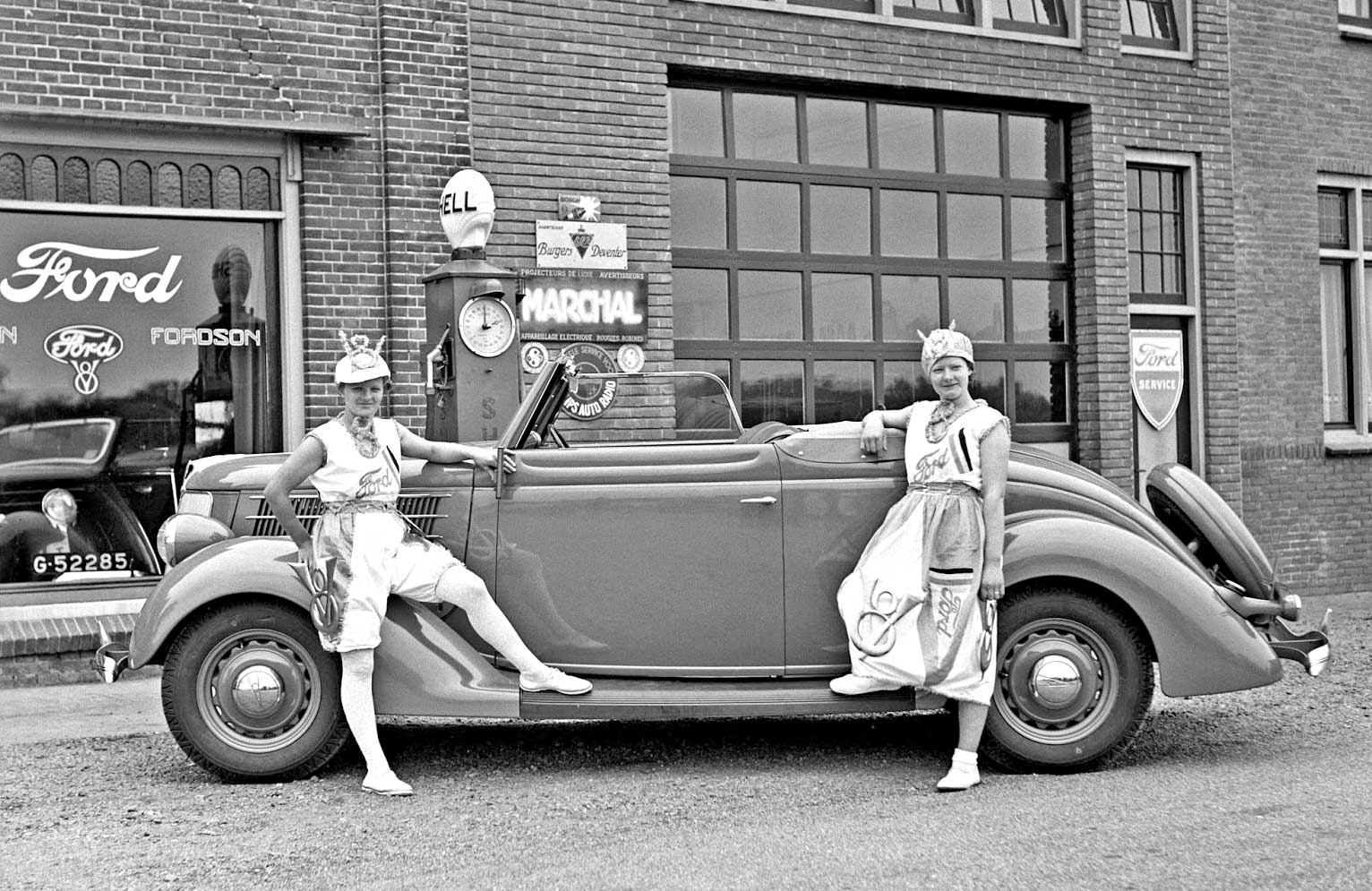 Ford Dealer Grand Rapids >> Dutch Ford V-8 Models and a 1936 Convertible Coupe | The Old Motor