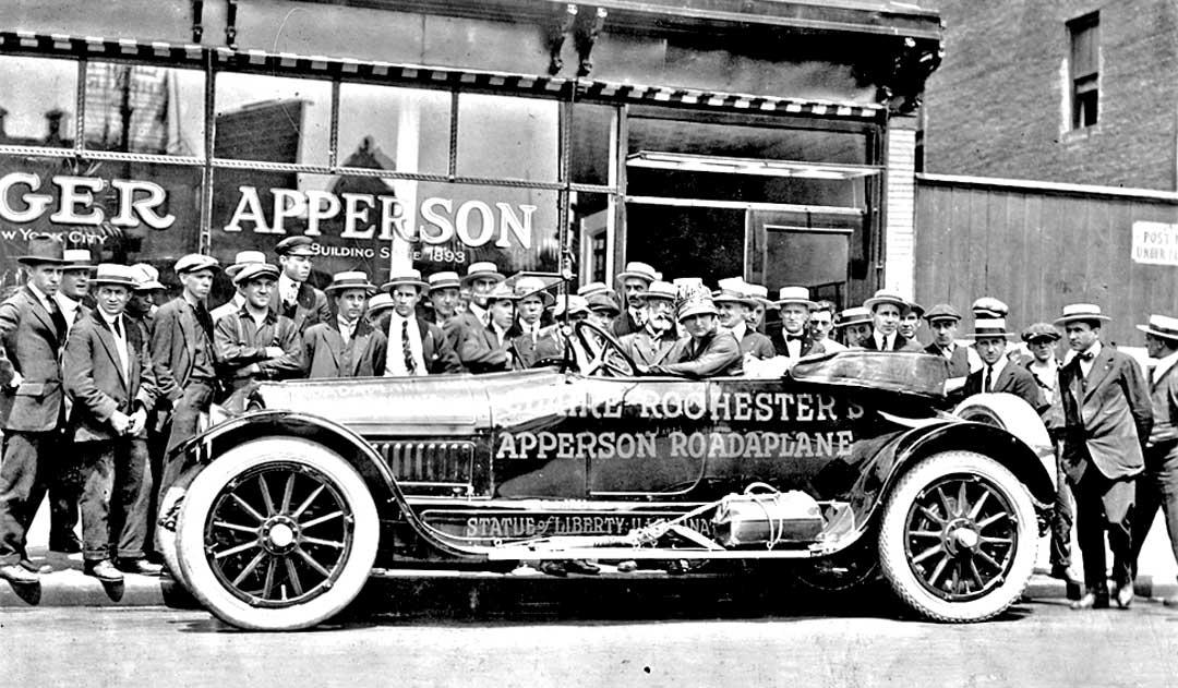 Claire-Rochester-Apperson-Roadaplane-Sta