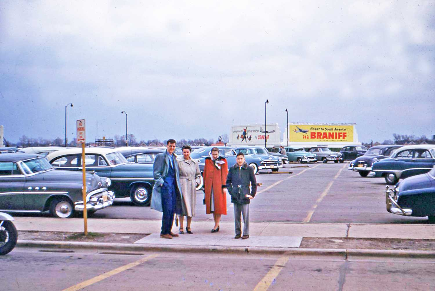 Midway Airport Parking >> Four Fun Friday Fifties Kodachrome Car Images | The Old Motor