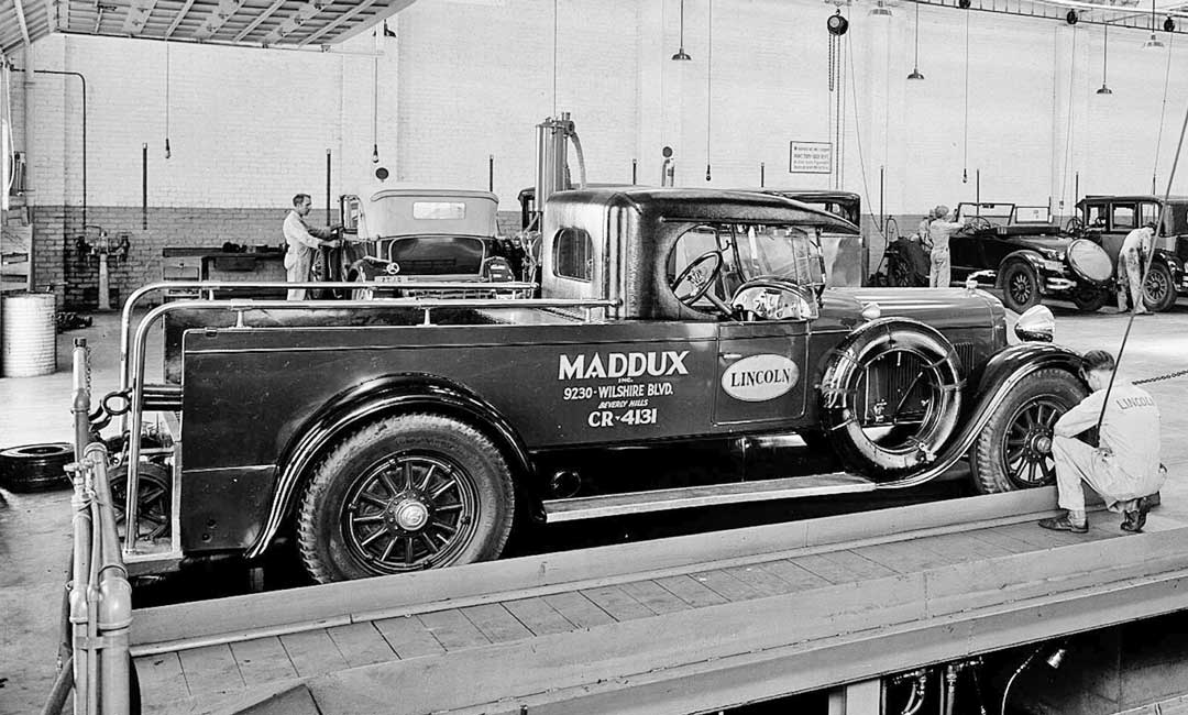 Beverly Hills, California: Maddux Inc. Lincoln Service Car | The Old ...