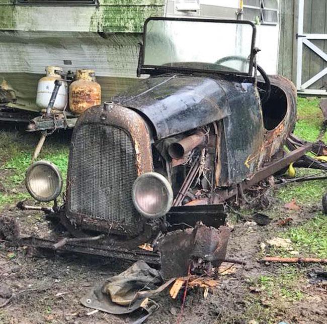 Found In Basement: Ten Antique Speedsters, Automobiles And Trucks Found